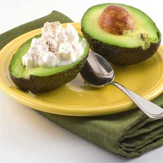 Авокадо с творогом