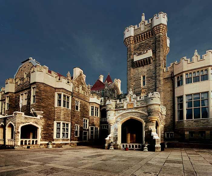 Канада. Замок Каса Лома