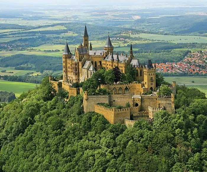 Замок - крепость Гогенцоллерн