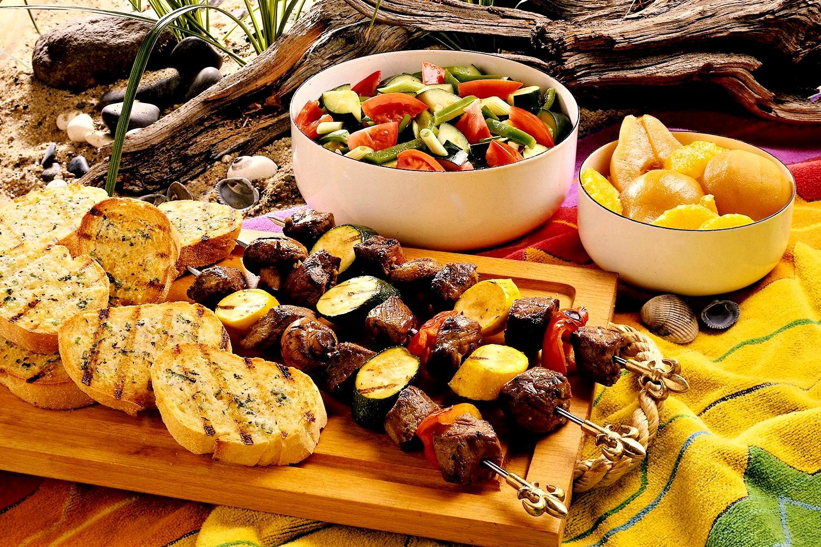 Картинки с вкусным обедом на столе, компе