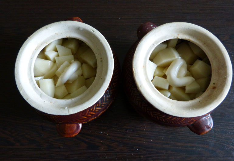 картошка в горшочке